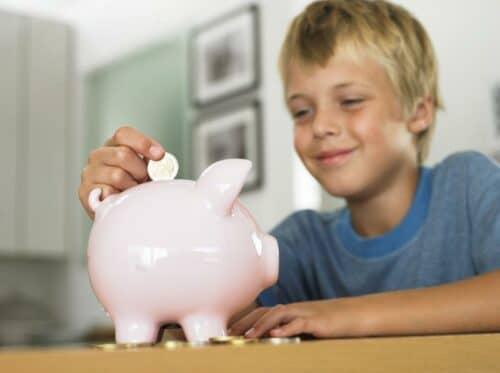 Как накопить деньги школьнику или подростку?